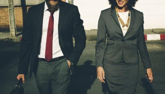 """""""отношения между бизнес-партнёрами"""""""