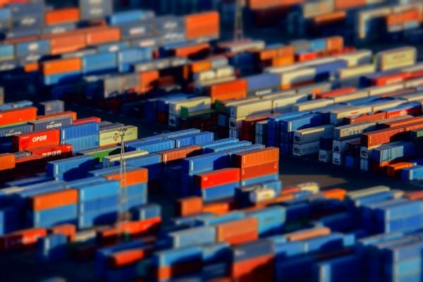 Экспортные операции: разбираемся в особенностях завершения на примерах
